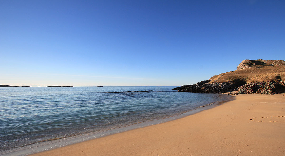 Feall Bay